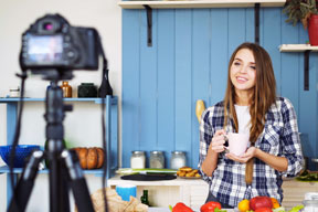 Catch the Live Video Streaming Social Trend for Your Small Business
