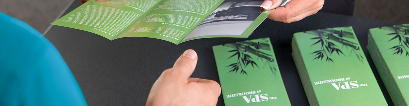 brochure printing custom brochures the ups store